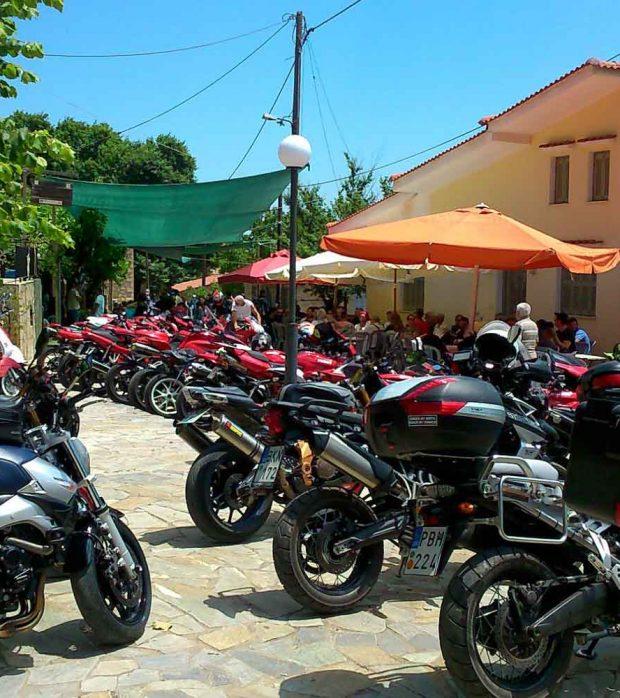 moto1920X1000-